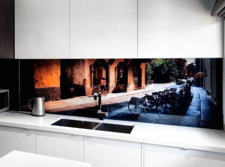 VR Art Glass from Visual Resource.  Printed glass splash back, featuring (artwork) Cremona # 7 from the Italy Collection.