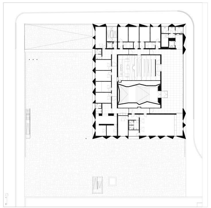 Gallery of Palacio de Justica de Gouveia / Barbosa & Guimaraes Architects - 38