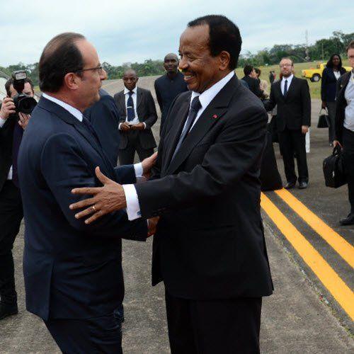 Dans son ouvrage « Hollande l?Africain », Christophe Boisbouvier montre que le changement de politique africaine de la France annoncé par François Hollande n?a pa