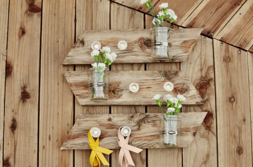 Rustic DIY Mason Jar Wall Piece | Shelterness, this will be perfect for my scrap pieces of lattis.