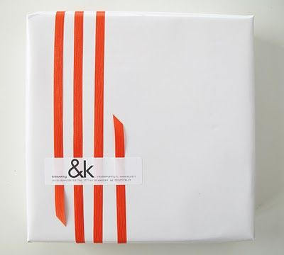 simple asymmetrical ribbon - unique way to use ribbon on packaging