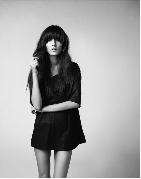 I am so obsessed with half moon bangs right now...