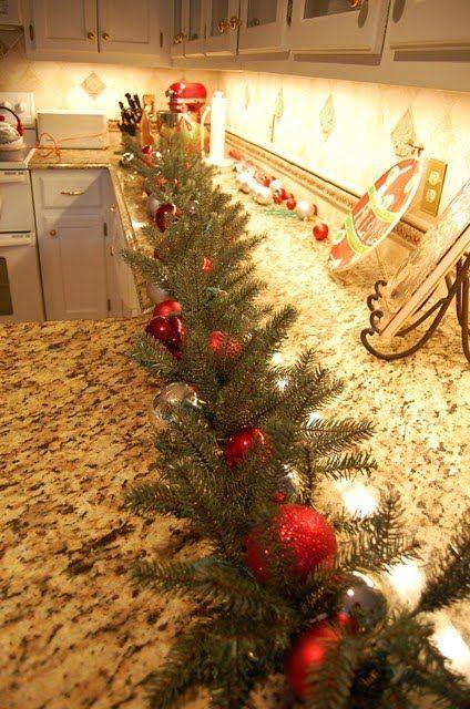 verleihen sie ihrer granit k che einen originellen weihnachtslook. Black Bedroom Furniture Sets. Home Design Ideas