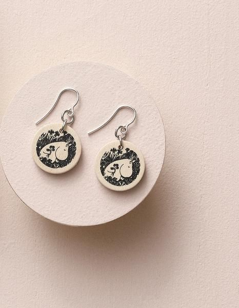 Aarikka Moomin Fairytale Garden hook earrings: Moomin Fairytale Garden hook earrings