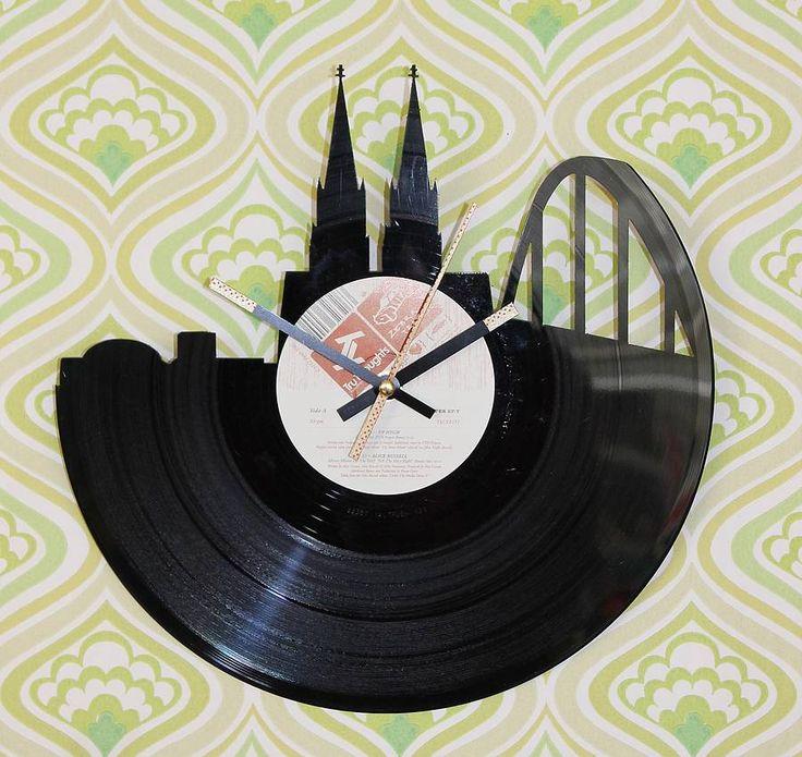 """Schallplattenuhr Kölner Dom """"Tru Thoughts"""""""