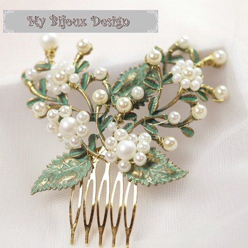 Set of 3 Green Leaf Hair Comb Pearl Hair Comb by MyBijouxDesign