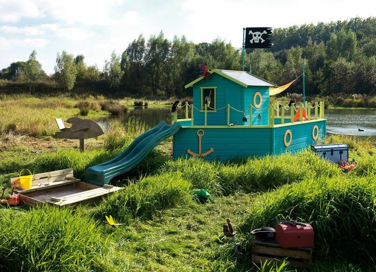Kids outdoors pirate ship / kids boat