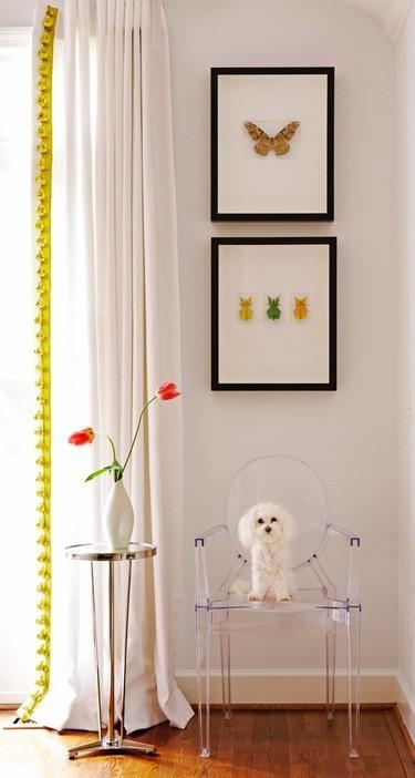 Concorso Louis Ghost and Me: mettete in posa la sedia icona per vincere una Louis Ghost autografata da Starck. Credits: desiretoinspire.net