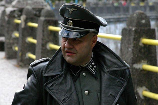 """""""Tajemnica twierdzy szyfrów"""", Cezary Żak - w niemieckim mundurze też mu do twarzy/ fot. B. Wołoszański"""