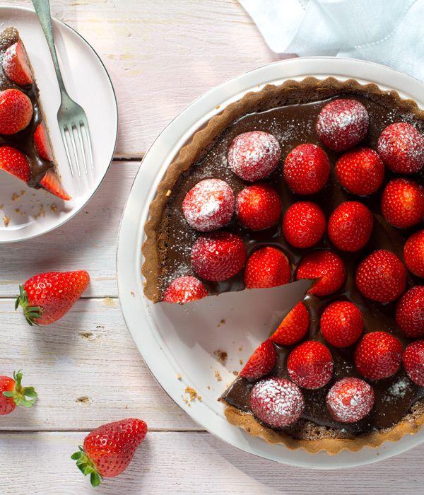 Tarta czekoladowa z truskawkami #lidl #przepis #tarta #czekolada #truskawka