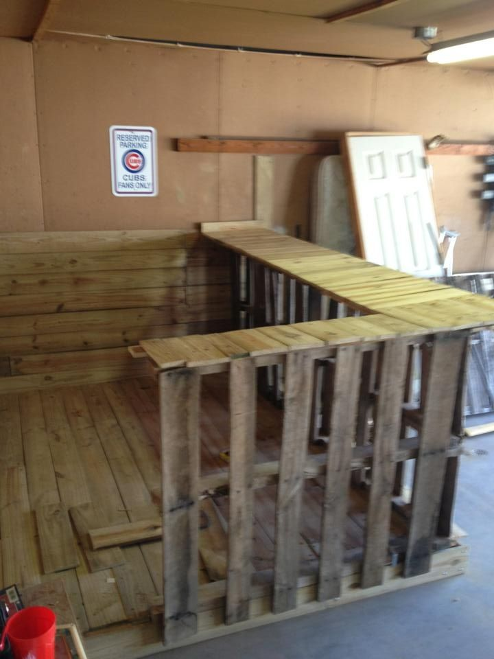 13 best pallet projects images on pinterest pallet ideas for Building a tiki bar from pallets