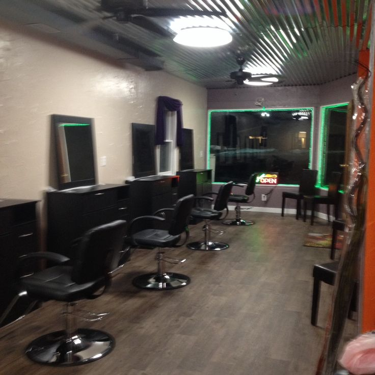 Looking For Rent: Nail Technician Station Rental (Fairhaven, MI) Shades
