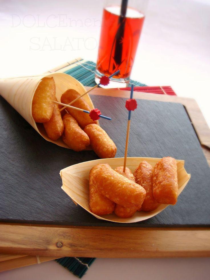 Delle buonissime chicche di patate di Montersino, è un impasto un po' particolare perchè alle patate lesse e condite si aggiunge l'impa...