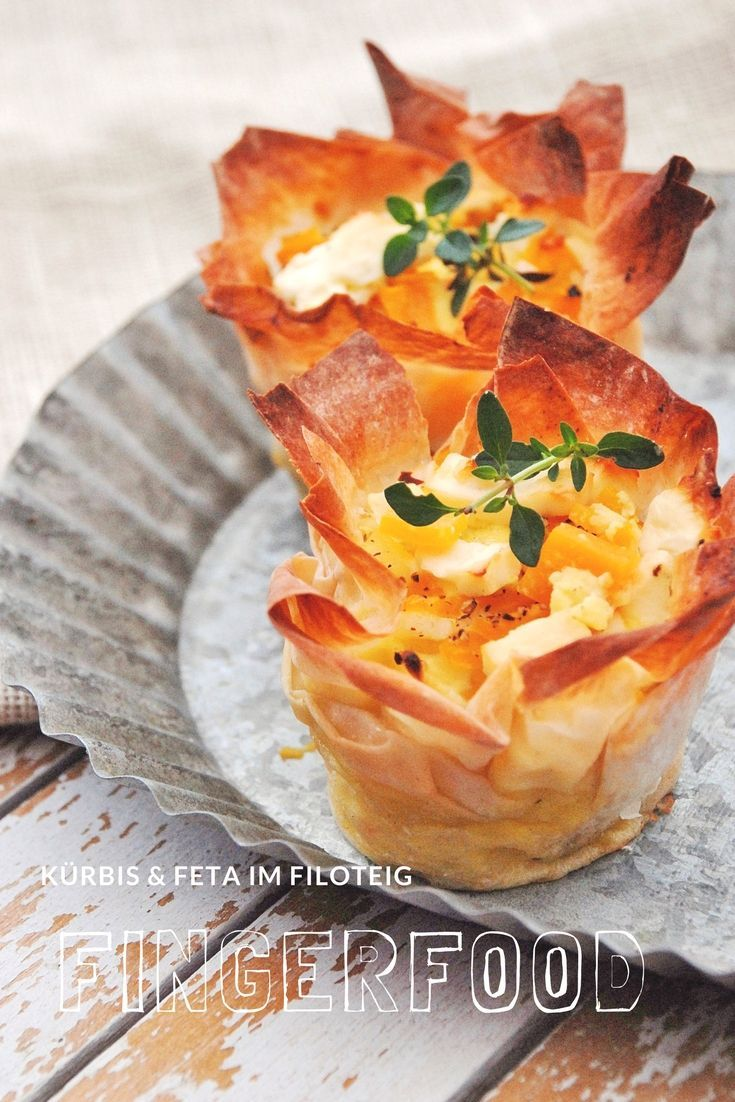 Fingerfood - Rezept : Kürbis und Feta im Filoteig -- das Rezept ist von herzelieb.  #oodblog #foodblogger #herzelieb