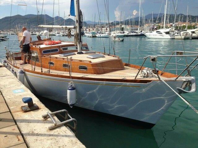 Sangermani B&B in Liguria http://Www.airbnb.nl/rooms/14353524