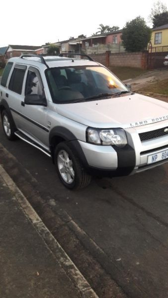 Excellent 2006 landrover freelander.leather interior . Elec mirrors and sunroof . Ac great runner...214583333