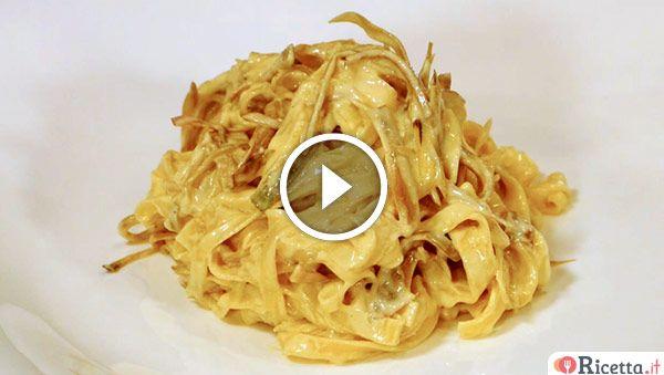 Siete amanti della carbonara vegetariana?Lo chef Luca Gatti ci presenta la sua pasta alla carbonara con i carciofi realizzata con tagliolini di pasta fresca.
