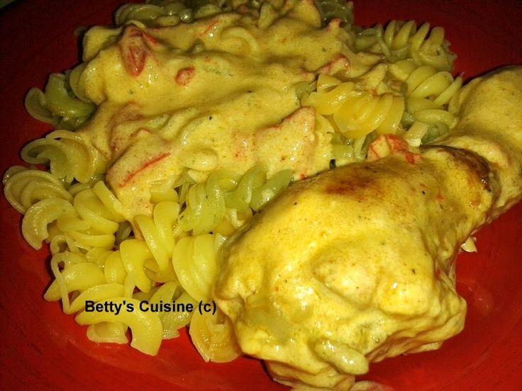 Ένα πανεύκολο φαγάκι με εκπληκτική, γευστικότατη σάλτσα!    Υλικά για 4 μερίδες:       8 μπουτάκια κοτόπουλο   3-4 κουταλιές ελαιόλαδο   1...