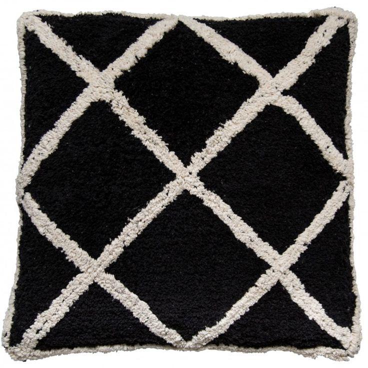 les 25 meilleures id es de la cat gorie coussin berbere. Black Bedroom Furniture Sets. Home Design Ideas