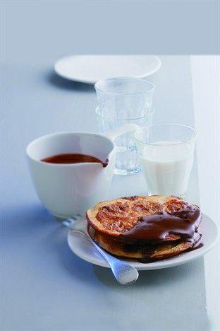 Pancakes à la banane et au chocolat - Larousse Cuisine