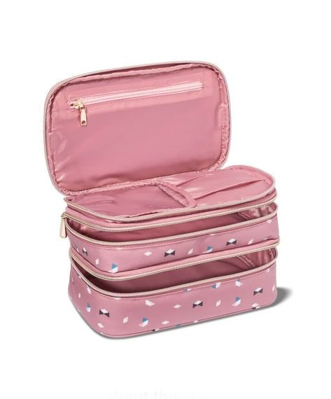 15 Cute Travel Makeup Bags That Will Hold ALL Your Stuff   cool ... 9b0390439f