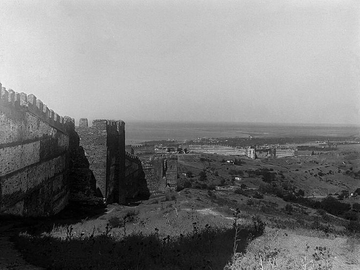 Πανοραμικό πλάνο από τα κάστρα το 1912