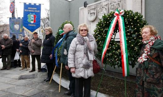 Trieste rende omaggio alle vittime delle foibe
