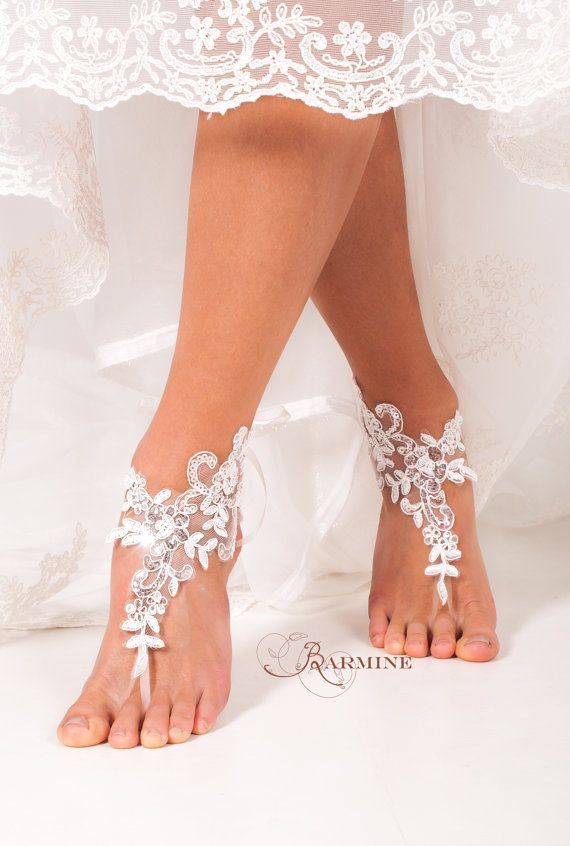 Lace barefoot sandals -Bridal footless sandals -Bridal shoes -Bridesmaid barefoot sandals -Beach wedding footless sandal -Foot thongs