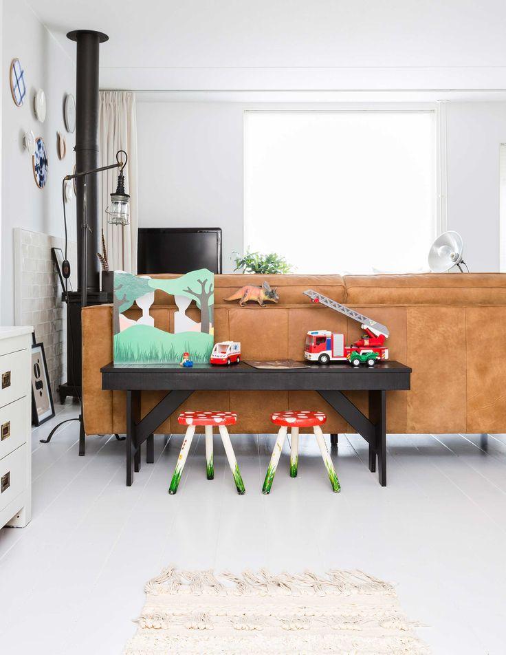 Mejores 399 im genes de vtwonen tv en pinterest apartamentos dise o de interiores y instagram - Bruine panton ...