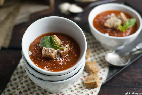 roasted tomato soup + garlic croutons