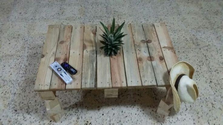 Livingroom pallet coffee table