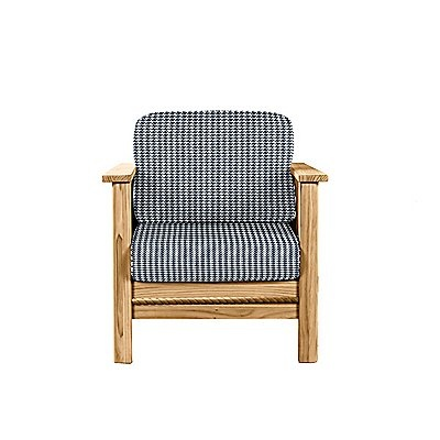 This Cottage Chair features simple lines enhanced by rope molding. Choose a stain to create your own decor. Add this chair to your existing living room, or match it with our Cottage collection for a look of coordinated sophistication. Furniture for your life!