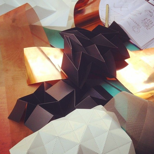 Material research 2.0  // Edinas Paper Installations