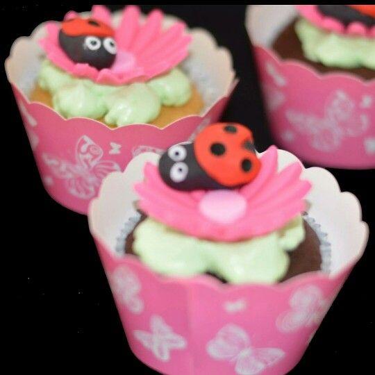 Lady bug cupcakes #partycakefun  #cute