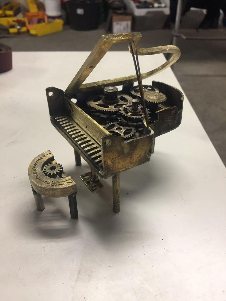 Bornholmer urdele lavet om til kunst af Jane Marion Nielsen