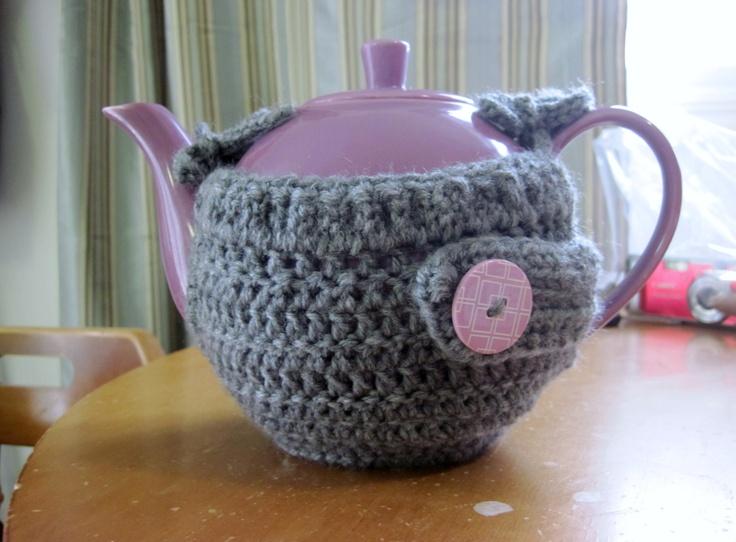 Super cute tea cozy - A bit small for my teapot, need to make it a bit taller!
