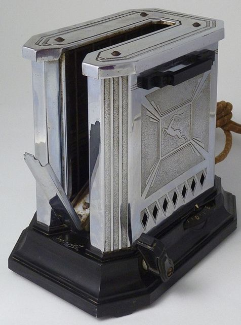 Gazelle Deco Hotpoint Toaster Open - Early 1930s