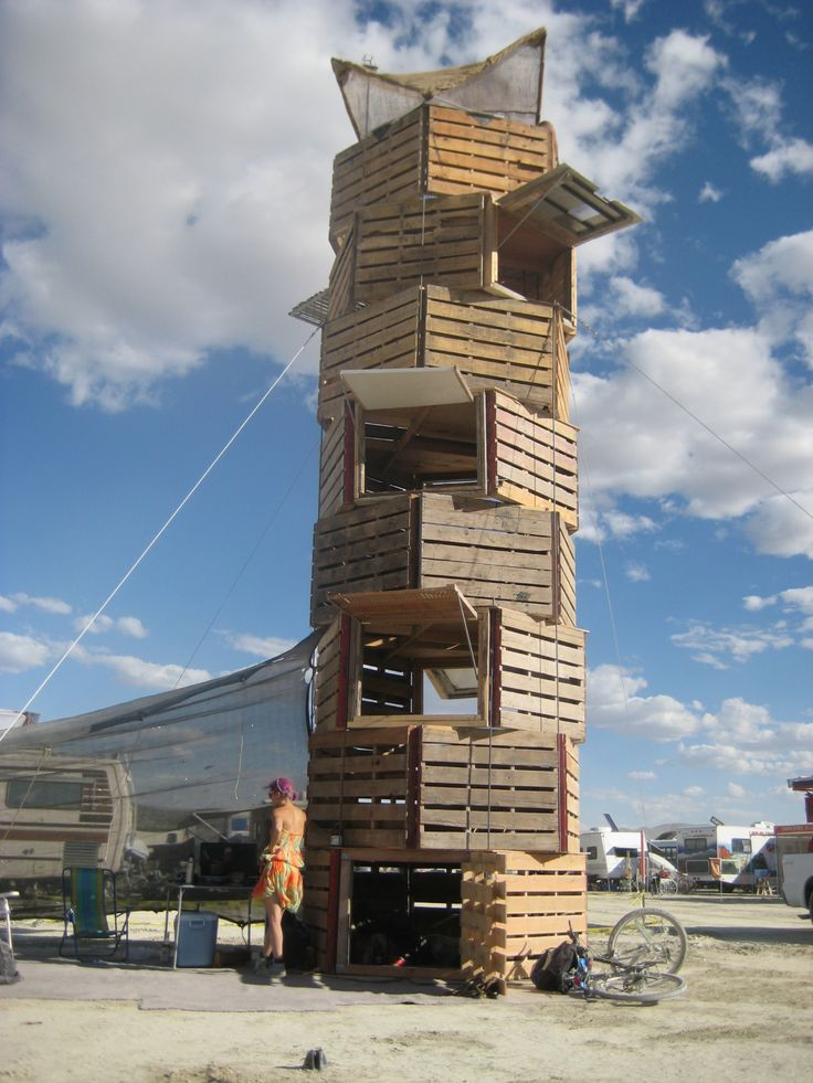 pallet tower