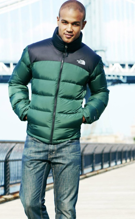 fd2c7dea571d Must have this season  A sleek   chic puffer The North Face  mens  jacket   puffer  macys BUY NOW!