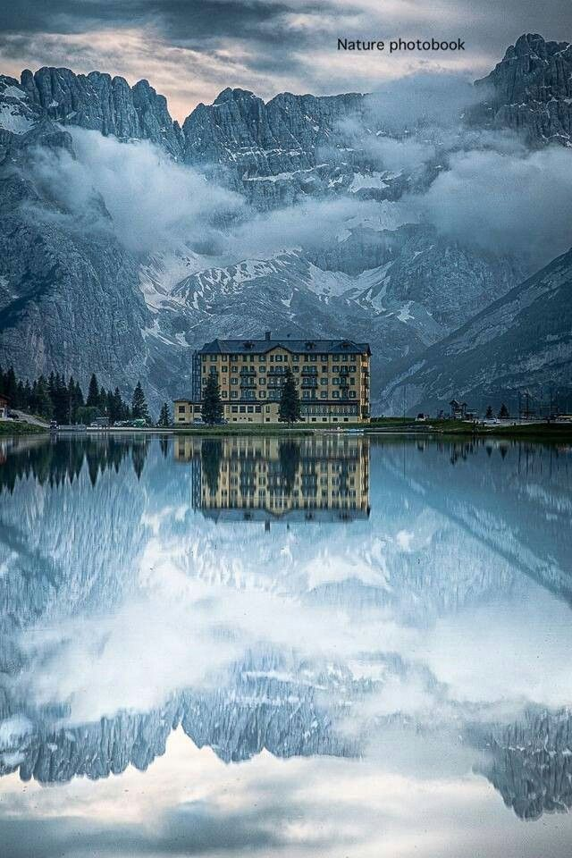Lake Messier, Italy