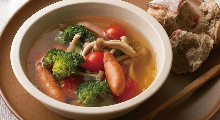 ブロッコリーとプチトマトの食べるサラダスープ