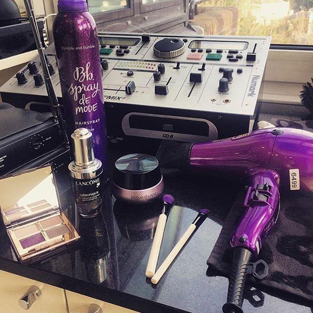 Kit Essentials via @scarlett_burton #parlux #parlux385 #hairdryer #blowdryer #blowdry #hair #hairtools #musthave #awardwinning #hairstylist #hairdresser #instahair #hairlove