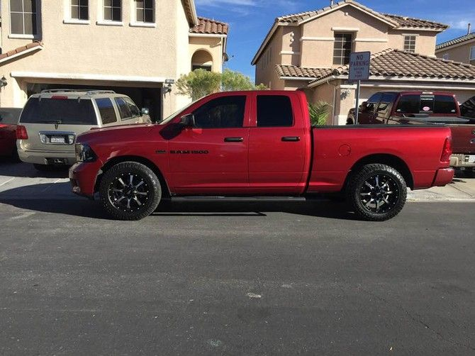 2012 Ram 1500 2wd Quad Cab Goodyear Wrangler DuraTrac 275/60R20 (2809)