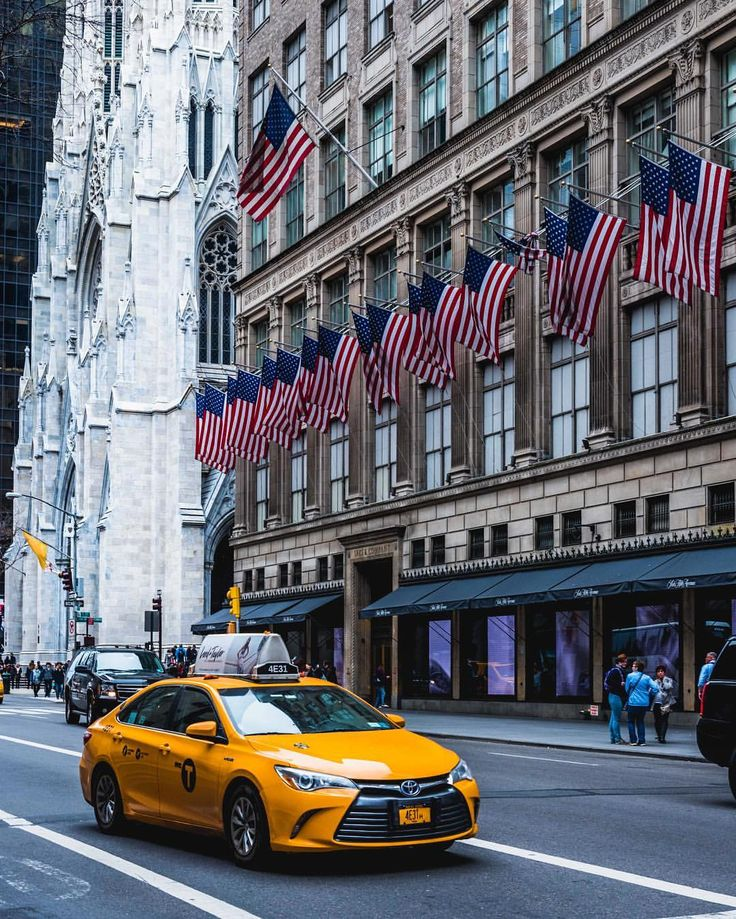 Saks Fifth Avenue New York