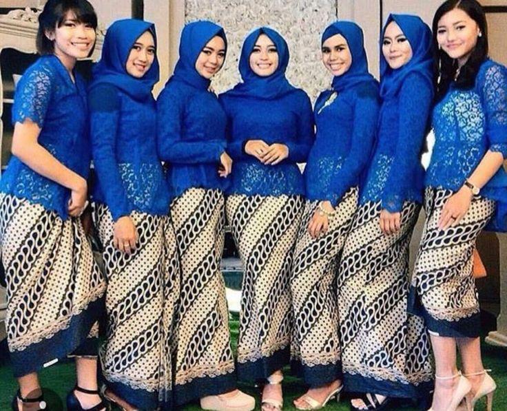 Kebaya #InspirasiKebaya #KebayaModern #KebayaKutuBaru #KainBatik #KebayaBiru #Indonesia