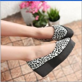 Plus Size Stylish Leopard Cusp Simple Wedges White