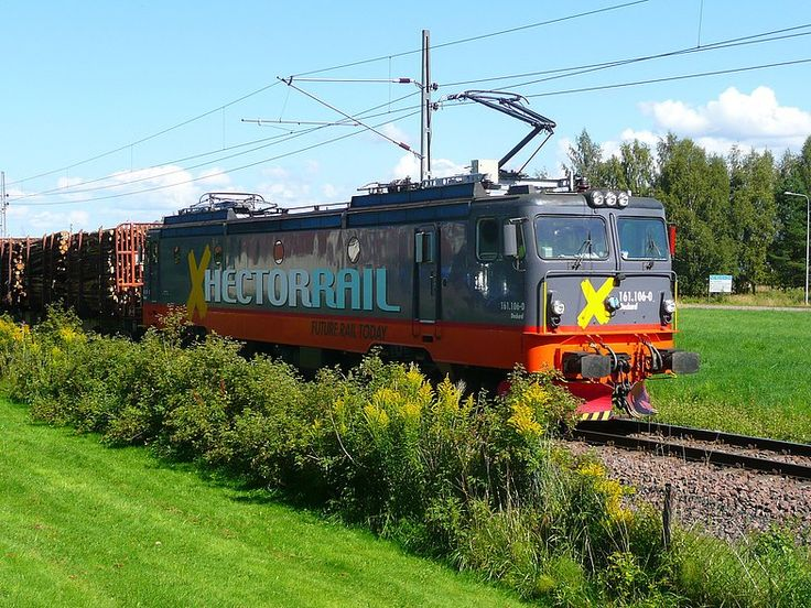 Hector Rail is an independent line haul provider with operations in Sweden, Norway, Denmark and Germany. Locomotive Class 161, roughness and superior strength makes these locomotives some of the toughest you will meet on Scandinavian tracks.