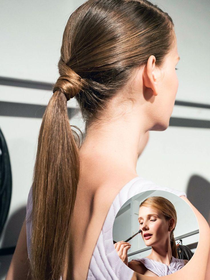Haare feucht zusammenbinden