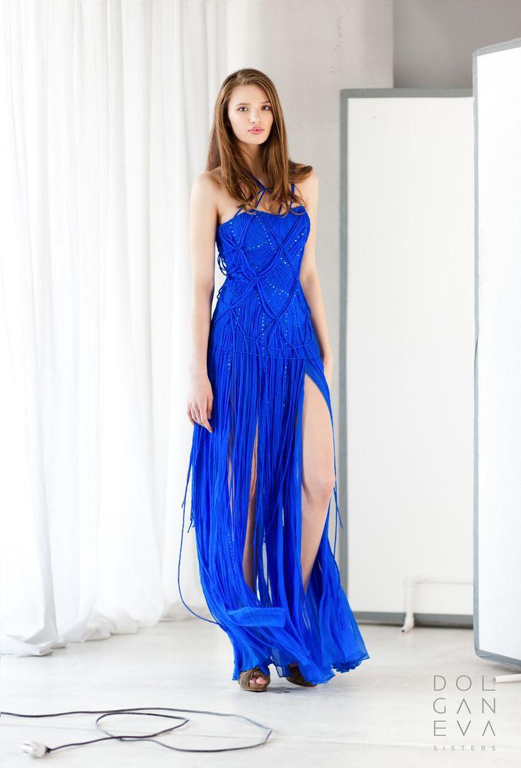 Платье бестселлер! Крэшированный шелк, декор, выполненный в технике макраме. Dress bestseller! Silk inlay, made in the art of macrame