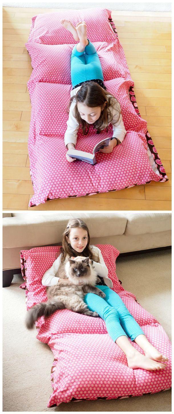 Learn how to make a cozy pillow bed with this quick and easy photo tutorial - a great beginner sewing project. Perfect for reading, lounging, movie nights, sleepovers and camping! Click here for the full tutorial.